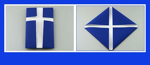 Papierservietten falten Kommunion Kreuz