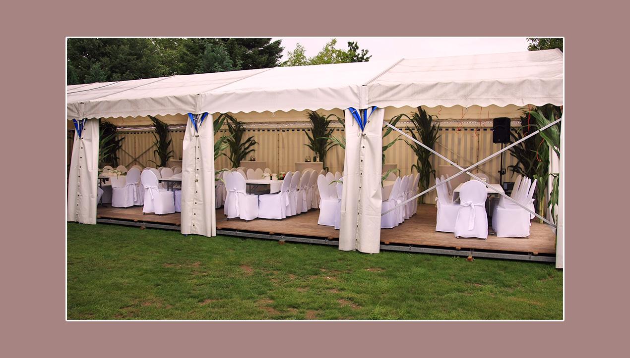 Zelthochzeit in Weiß mit eleganten Hussen Niederkrüchten Mönchengladbach